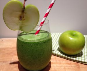 Apple Ginger Spinach Smoothie
