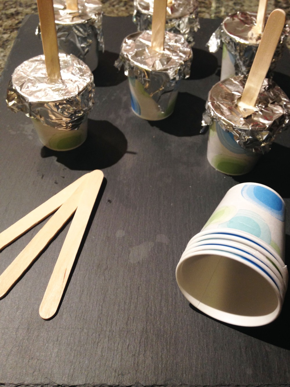 Popsicles cups and sticks