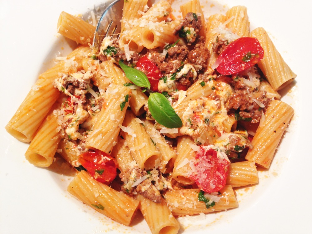 Cheesey Rigatoni with Ground Meat photoshop
