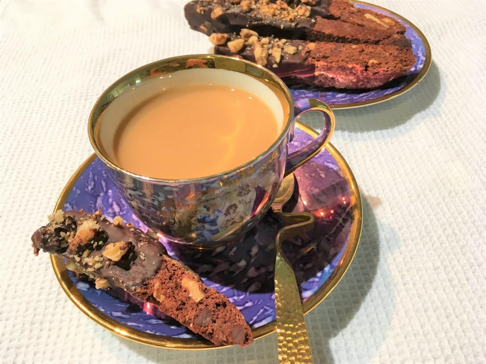 chocolate biscotti with coffee
