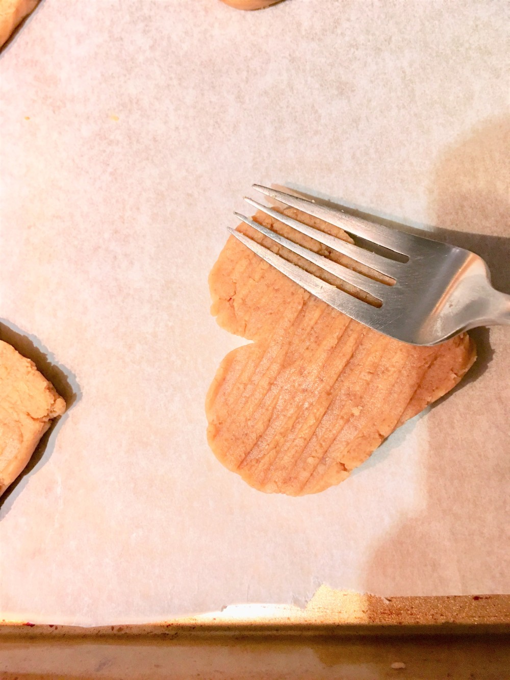 peanut butter cookies fork pressed